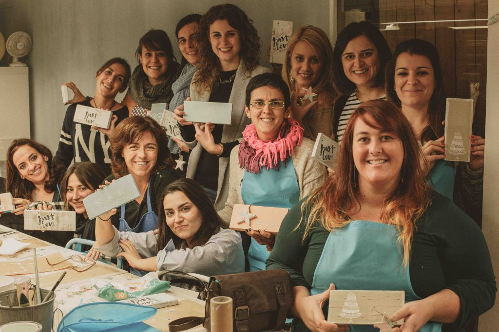Taller de Chalk Paint en Liana Deco para el Wedding Planners Official Tour en Sitges. WPOT2016
